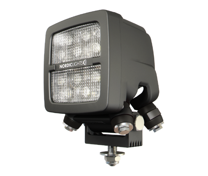 SCORPIUS Q N4401-FARO NORDIC LIGHTS 4200 LÚMENES
